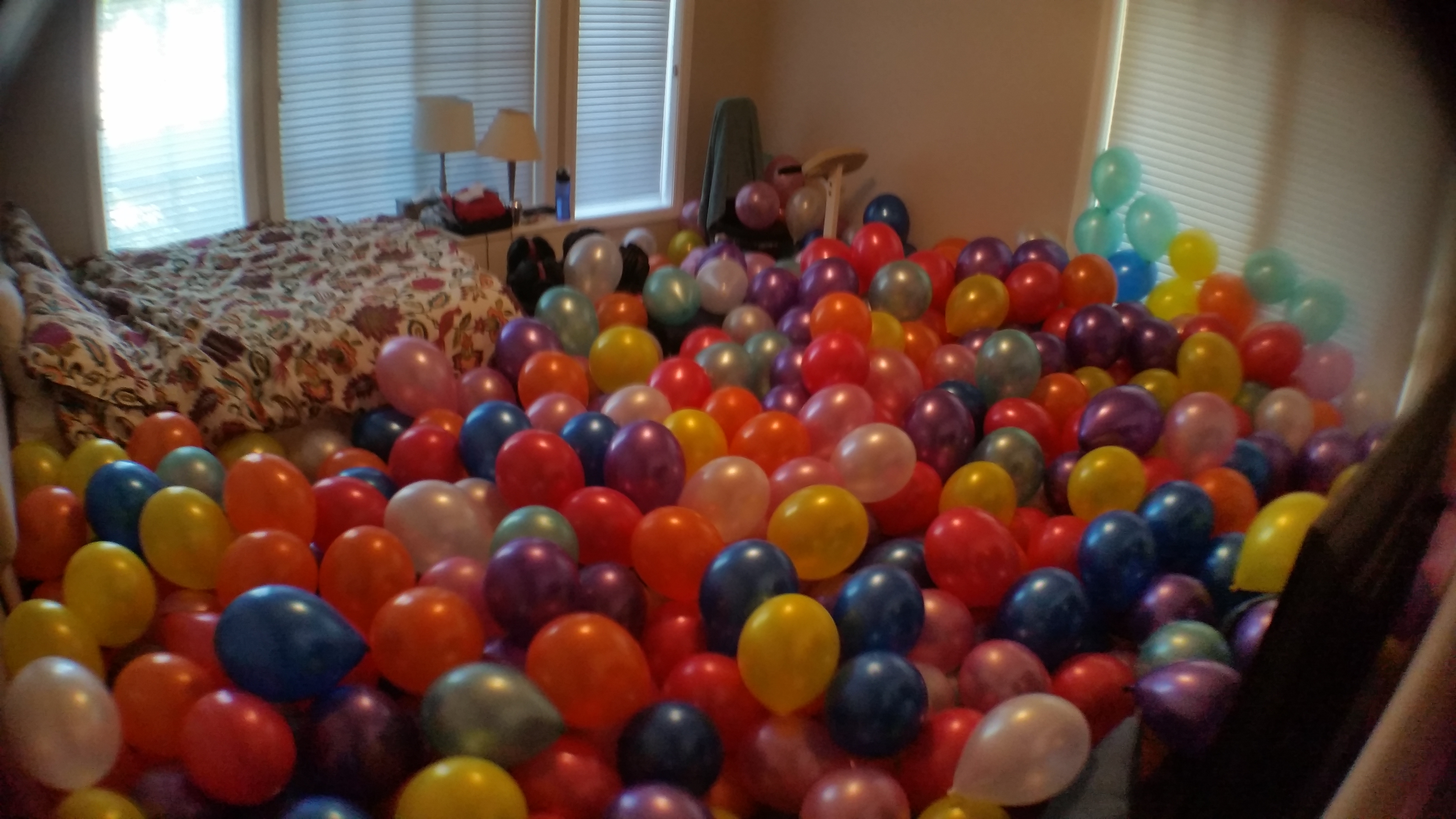 Balloon Filled Room 2 4