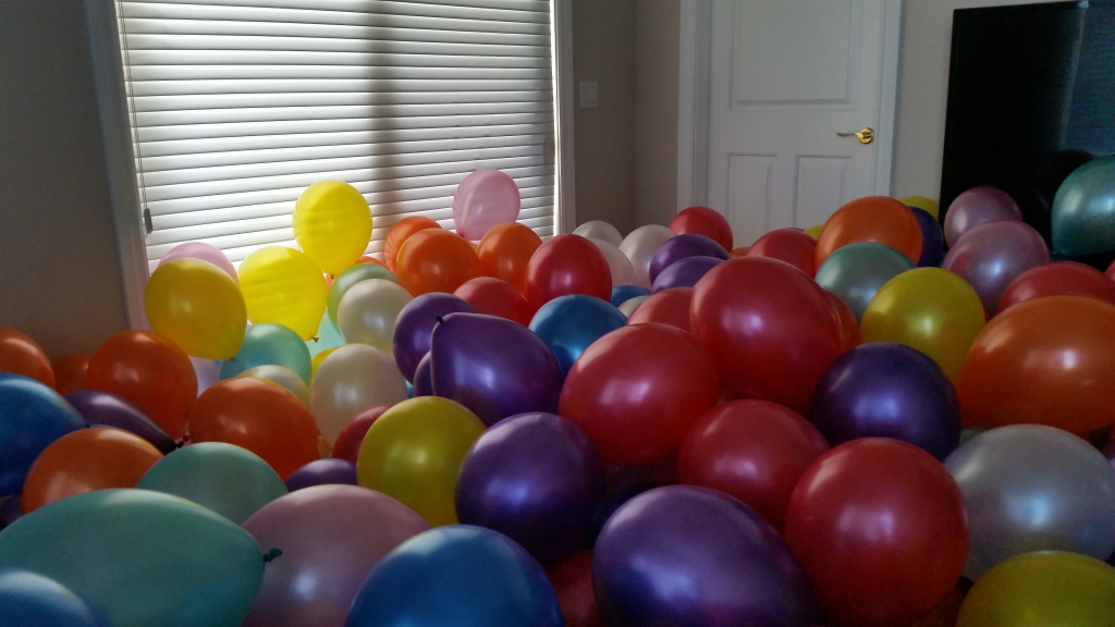 balloon_filled_room_5