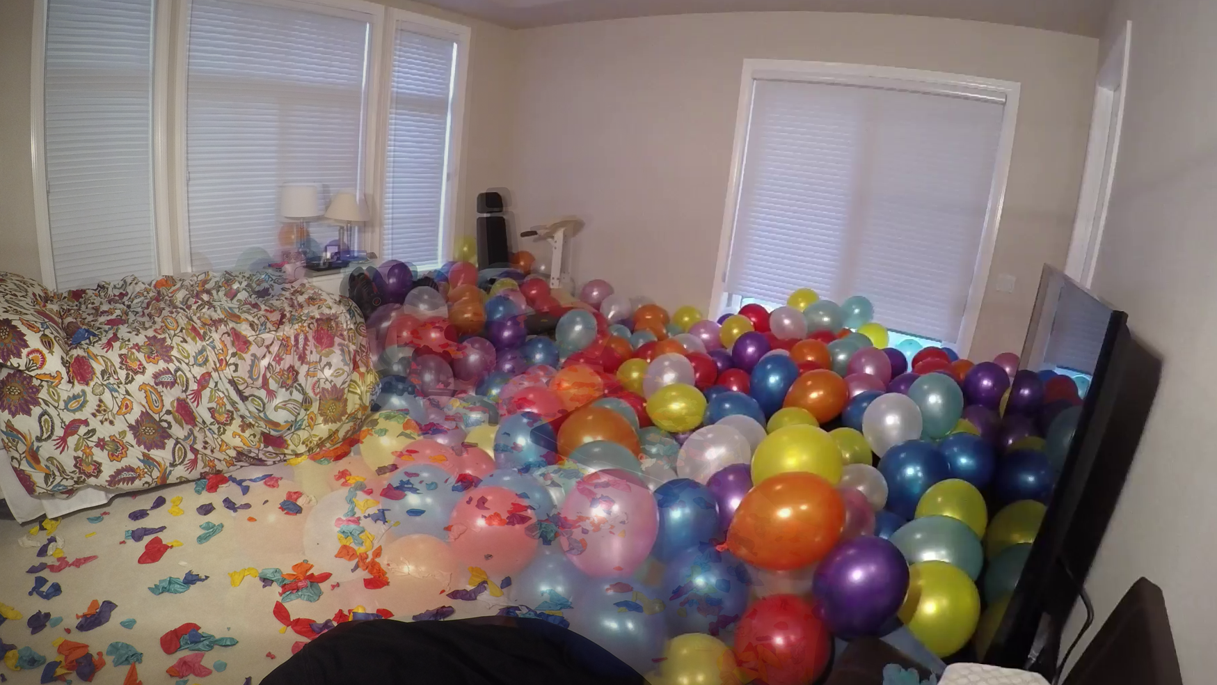 Before and after popping 700 balloons
